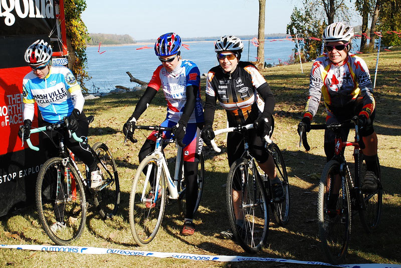 Valerie (CX4), KC (CX4), me, and Kym toe the line